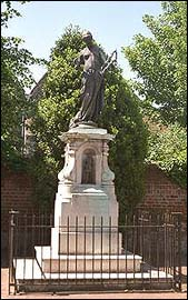 Marlowe Statue in Canterbury